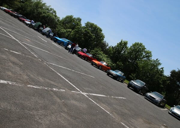 Cool               weather welcomed some new friendZ at a great showing for               our May meet